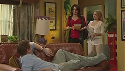 Michael Williams, Emilia Jovanovic, Natasha Williams in Neighbours Episode 6295