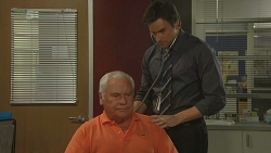 Lou Carpenter, Rhys Lawson in Neighbours Episode 6295