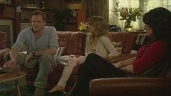 Michael Williams, Natasha Williams, Emilia Jovanovic in Neighbours Episode 6295