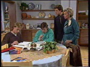 Scott Robinson, Mike Young, Paul Robinson, Helen Daniels in Neighbours Episode 0306