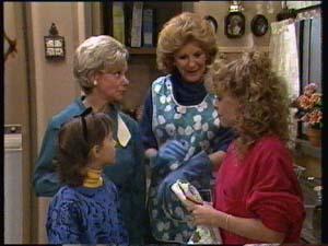 Charlene Mitchell, Helen Daniels, Lucy Robinson, Madge Mitchell in Neighbours Episode 0306