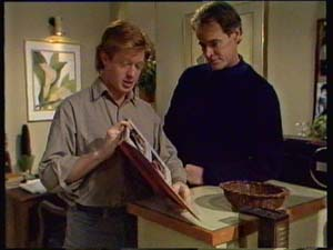 Clive Gibbons, Graham Gibbons in Neighbours Episode 0307