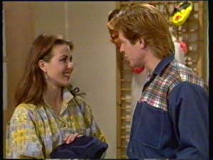 Louise Laurie, Clive Gibbons in Neighbours Episode 0308