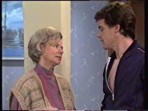 Helen Daniels, Paul Robinson in Neighbours Episode 0308