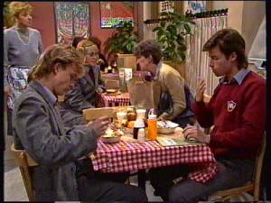 Eileen Clarke, Scott Robinson, Jane Harris, Nell Mangel, Mike Young in Neighbours Episode 0310