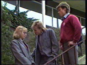 Jane Harris, Scott Robinson, Mike Young in Neighbours Episode 0310