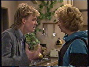 Scott Robinson, Madge Bishop in Neighbours Episode 0311