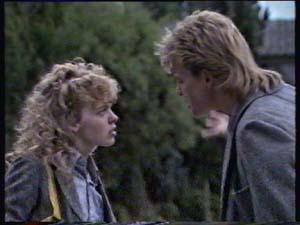 Scott Robinson, Charlene Mitchell in Neighbours Episode 0311