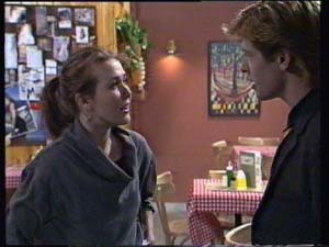 Louise Laurie, Clive Gibbons in Neighbours Episode 0312