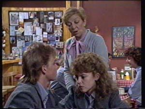 Eileen Clarke, Charlene Mitchell, Scott Robinson in Neighbours Episode 0312