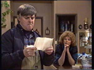 Tom Ramsay, Madge Bishop in Neighbours Episode 0312