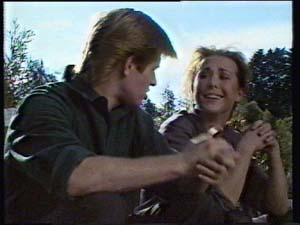 Clive Gibbons, Louise Laurie in Neighbours Episode 0312