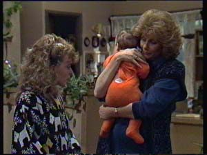 Charlene Mitchell, Sam Cole, Madge Mitchell in Neighbours Episode 0313