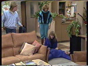Scott Robinson, Madge Mitchell, Charlene Mitchell, Susan Cole in Neighbours Episode 0317
