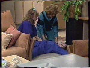Charlene Mitchell, Susan Cole, Madge Mitchell in Neighbours Episode 0317