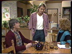 Tom Ramsay, Shane Ramsay, Madge Mitchell in Neighbours Episode 0317