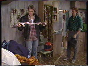 Shane Ramsay, Clive Gibbons in Neighbours Episode 0317