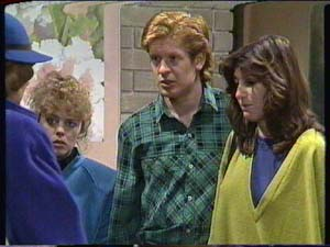 Charlene Mitchell, Clive Gibbons, Susan Cole in Neighbours Episode 0317