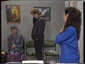 Nell Mangel, Clive Gibbons, Kate Gibbons in Neighbours Episode 0319