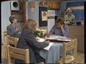 Nell Mangel, Jane Harris, Mike Young, Helen Daniels in Neighbours Episode 0320