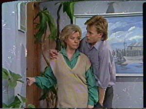 Helen Daniels, Scott Robinson in Neighbours Episode 0320