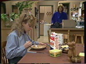 Madge Bishop, Charlene Mitchell in Neighbours Episode 0320