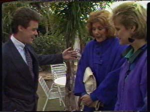 Paul Robinson, Madge Bishop, Daphne Clarke in Neighbours Episode 0320