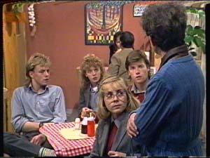 Scott Robinson, Jane Harris, Charlene Mitchell, Nell Mangel, Mike Young in Neighbours Episode 0320