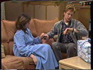 Susan Cole, Clive Gibbons in Neighbours Episode 0321