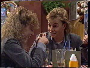 Scott Robinson, Charlene Mitchell in Neighbours Episode 0321