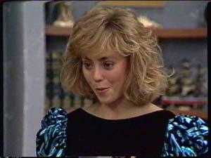 Jane Harris in Neighbours Episode 0323