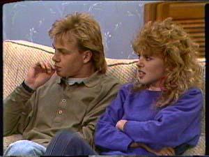 Scott Robinson, Charlene Mitchell in Neighbours Episode 0324