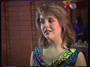 Sue Parker in Neighbours Episode 0324