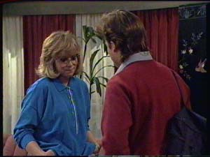 Jane Harris, Mike Young in Neighbours Episode 0325