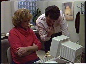 Paul Robinson, Madge Mitchell in Neighbours Episode 0326