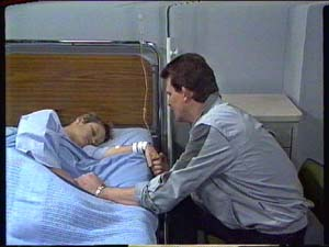 Daphne Clarke, Des Clarke in Neighbours Episode 0326