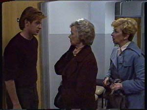 Clive Gibbons, Helen Daniels, Eileen Clarke in Neighbours Episode 0327
