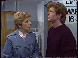 Clive Gibbons, Eileen Clarke in Neighbours Episode 0327