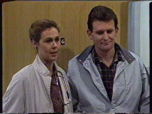 Des Clarke in Neighbours Episode 0327