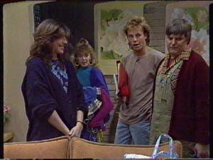 Susan Cole, Charlene Mitchell, Scott Robinson, Tom Ramsay in Neighbours Episode 0327