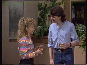 Charlene Mitchell, Warren Murphy in Neighbours Episode 0368