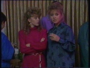 Charlene Mitchell, Sue Parker in Neighbours Episode 0368
