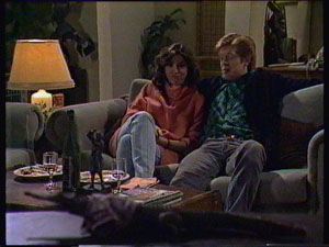 Susan Cole, Clive Gibbons in Neighbours Episode 0368