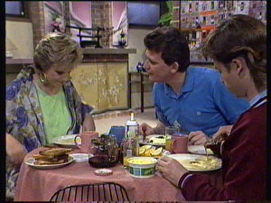 Daphne Clarke, Des Clarke, Mike Young in Neighbours Episode 0369