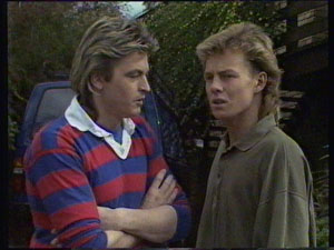 Shane Ramsay, Scott Robinson in Neighbours Episode 0369