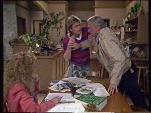 Charlene Mitchell, Shane Ramsay, Ray Murphy in Neighbours Episode 0369