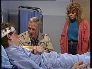 Warren Murphy, Ray Murphy, Charlene Mitchell in Neighbours Episode 0370