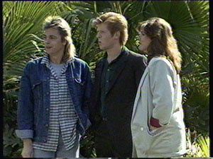 Shane Ramsay, Clive Gibbons, Susan Cole in Neighbours Episode 0371