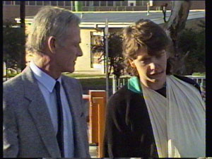 Ray Murphy, Warren Murphy in Neighbours Episode 0372