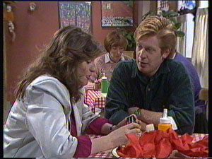 Susan Cole, Clive Gibbons in Neighbours Episode 0373